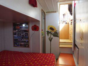 1749V Aft Cabin (2)