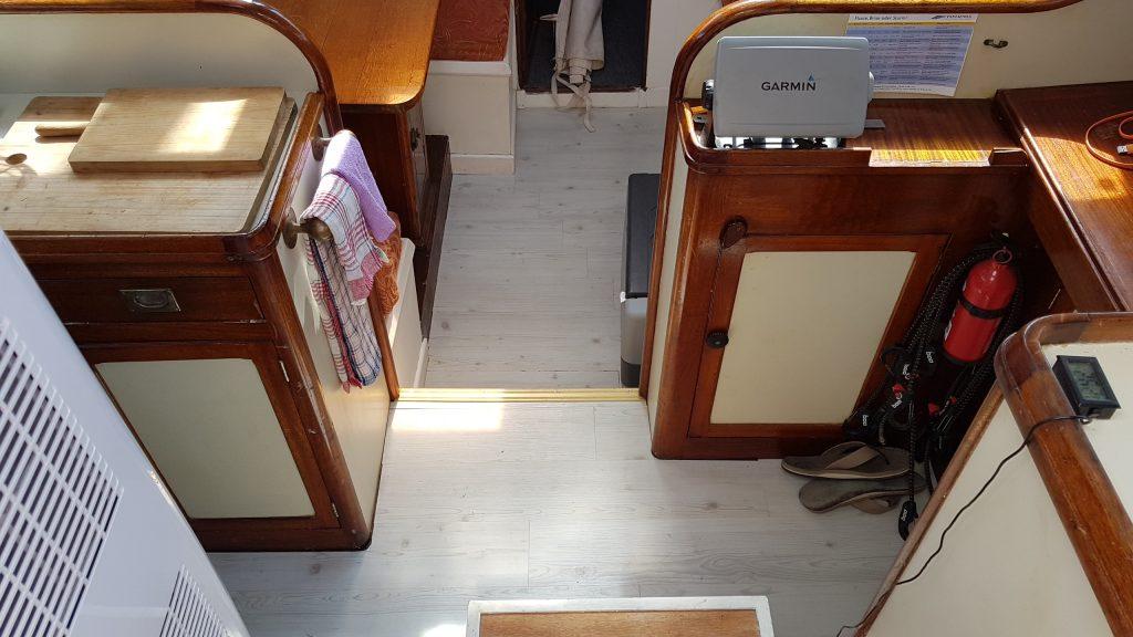 1559V Saloon new (2)