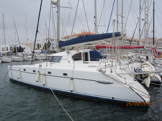 link to fountaine pajot 43