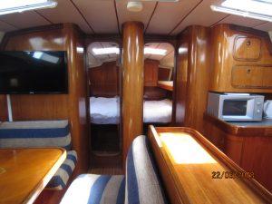 1794V Saloon (2)