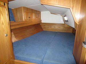 1806V Aft STB Cabin (3)