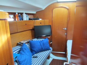 1809V FW Cabin (7)