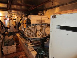 1817M Engineroom (4)